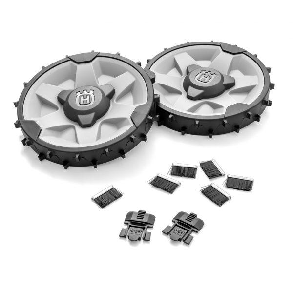 HUSQVARNA HUSQVARNA AUTOMOWER - WHEEL BRUSH KIT AND WHEEL-KIT FOR MODELS 320 - 450X